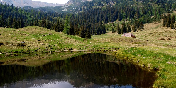 Obere Bodenhütte 1619 m mit See
