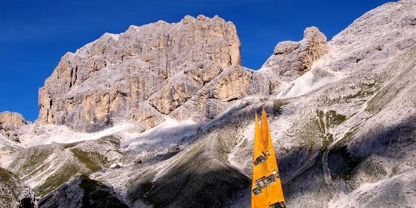 Kesselkogel 3003 m mit Skulptur