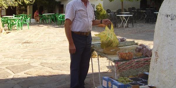 Obstverkäufer in Pampaneira