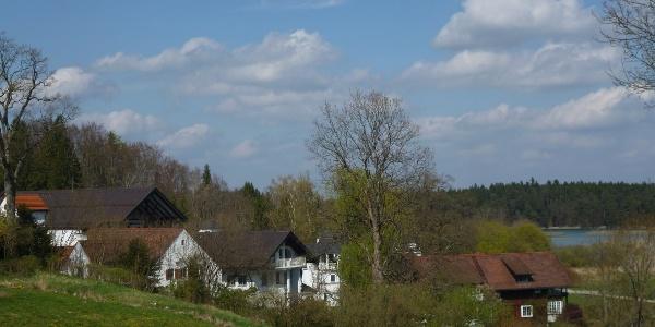 Die Privatklinik Lauterbacher Mühle am nordwestlichen Ende des Großen Ostersees.
