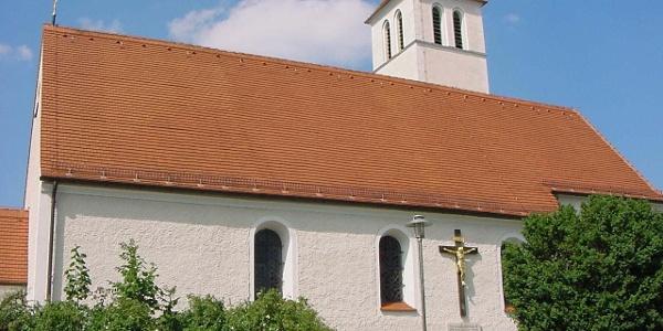 Kirche am Wegesrand in Dießen