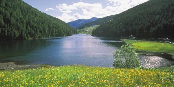 Blick in Richtung Süden auf den malerischen Durnholzer See