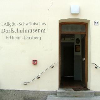 Das Erste Allgäu Schwäbische Dorfschulmuseum in Daxberg nahe Erkheim.