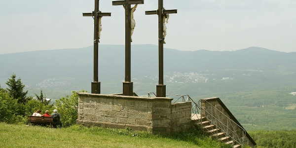 Der Kreuzberg ist mit 864 m der höchste Berg der bayerischen Rhön.