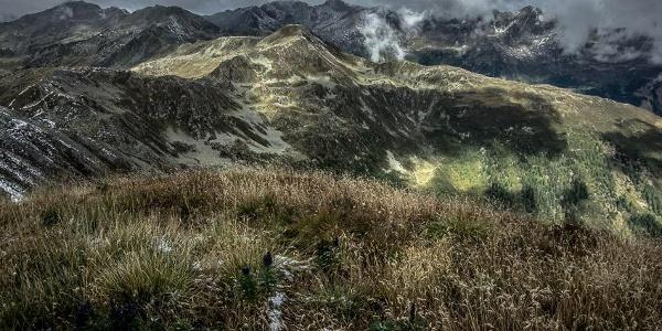 Ein magischer Ort: der Gipfel der Annaruhe. Blick nach Nordwesten Richtung Seebachhöhe.