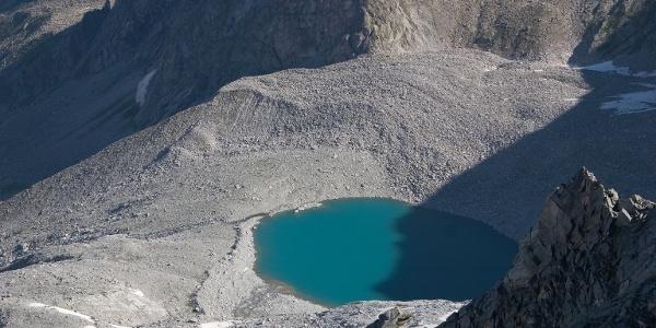 Der Gletschersee am Fuße des Grauen Nöckls.