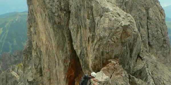 Schwindelfreiheit ist Voraussetzung im Königsjodler-Klettersteig.