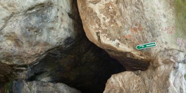 Zur Himmelsleiter geht es durch diese Felsspalte
