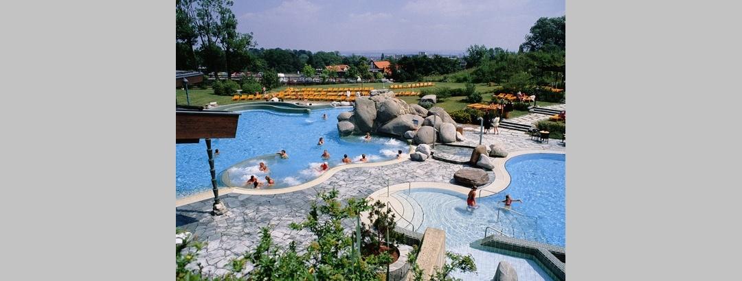 Zum Entspannen besuchen wir am besten die Kurhessentherme in Bad Wilhelmshöhe.
