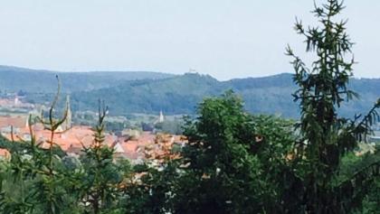Blick zur Wurmlinger Kapelle