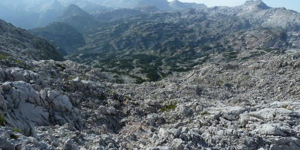 Der Aufstieg zum Hundstodgatterl führt mitten durch die Karstwüste des Steinernen Meers.