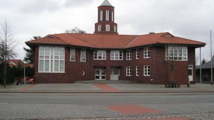 Das Rathaus in Visbek, Ausgangspunkt unserer Wanderung.