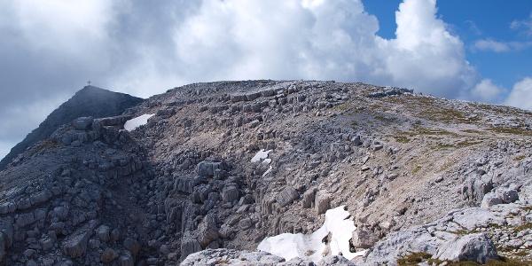 Warscheneck vom Gipfel-Plateau um 2280m gesehen