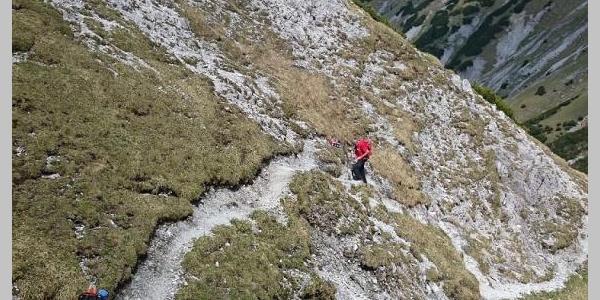 Im oberen Teil des Steigs ist nach Starkregen mit Hangrutschungen zu rechnen