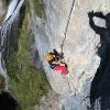 Die Schlüsselpassage des Klettersteigs erreicht den Schwierigkeit D.