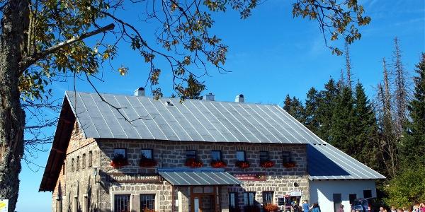 Dreisesselhaus um 1300m