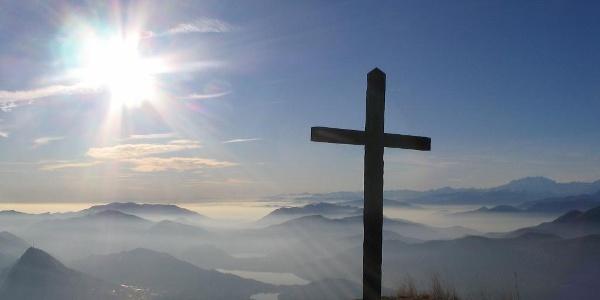 Am Gipfel des Monte Boglia.