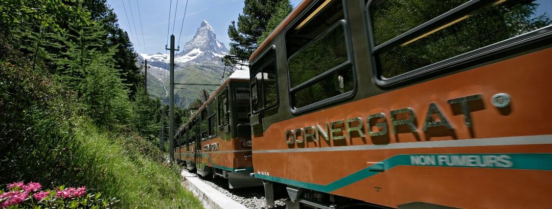 Trajet à bord du Gornergrat Bahn vers le point de départ de la randonnée