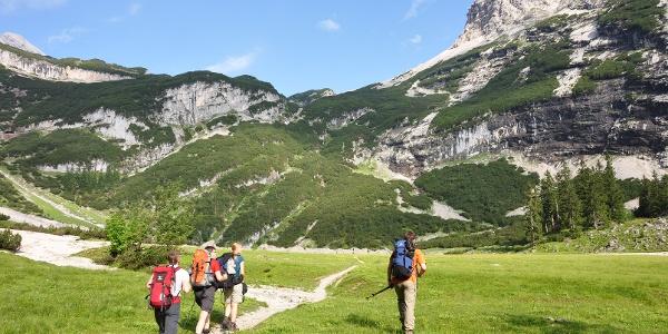 Auf dem Weg zur Knorrhütte über das Reintal - der Oberanger