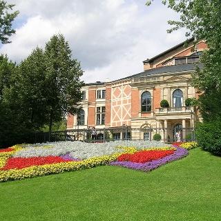 Das Festspielhaus in Bayreuth