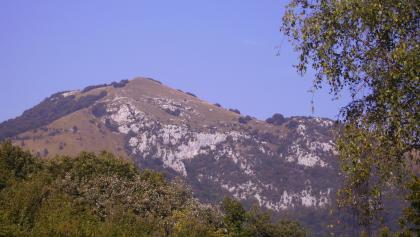 Blick auf den Gipfel des Monte Pizzocolo.