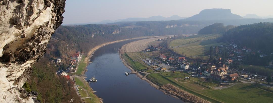 Der Elberadweg im Elbsandsteingebirge