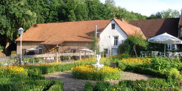 Mühlengarten an der Paradiesmühle Rischenau