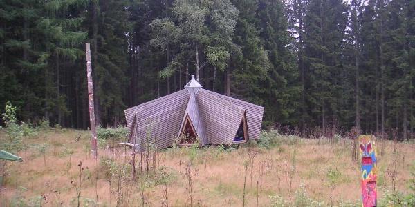 Das Wildniscamp Falkenstein ist ein Ferienzentrum für Kinder und Jugendliche.