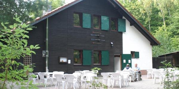 Kugelfanghütte