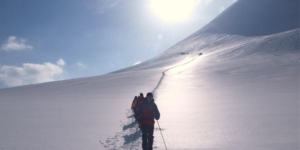 Sattel in Sicht ~4400m