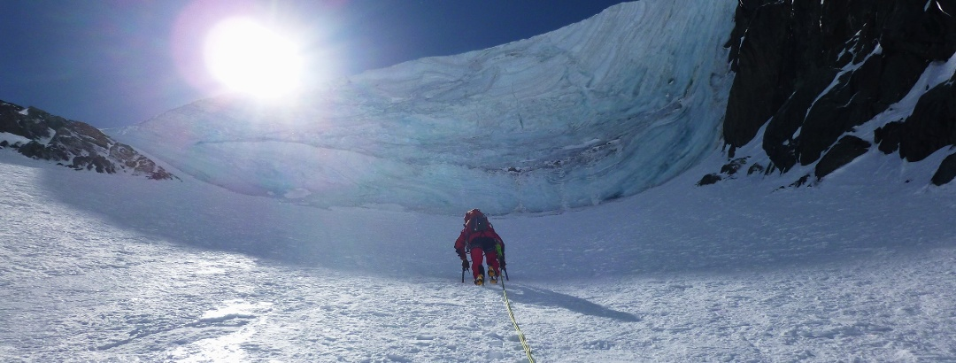 unterhalb des Eiswulstes - Steilheit hier bis 55 Grad