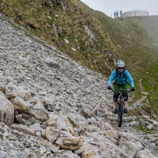 Narrow and rocky trails near the top of Rocher de Naye