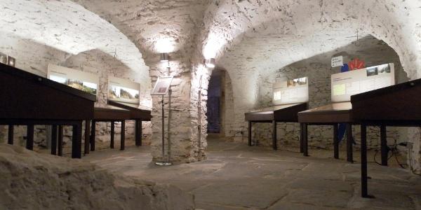 Mineraliengewölbe im Schloß Voigtsberg