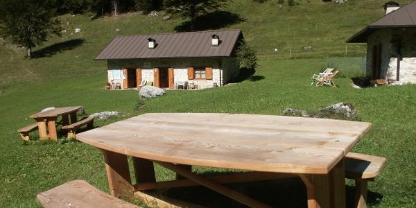 Una sosta lungo la Val Algone nel Parco Naturale Adamello Brenta