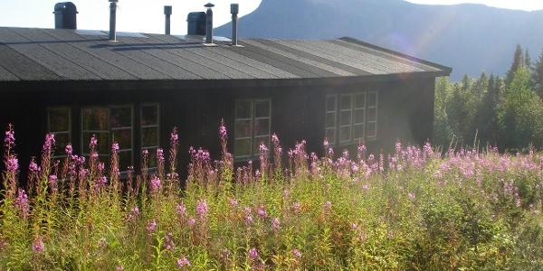 Die STF-Hütte in Aktse