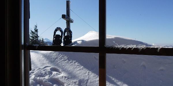 Im Winterraum - zum Gipfel ist es nicht weit ...