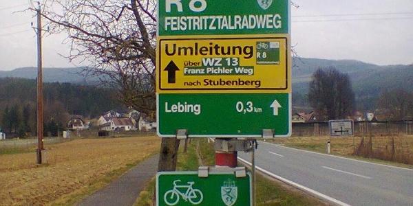 Umleitungstafel: gegenüber Sportplatz Lebing