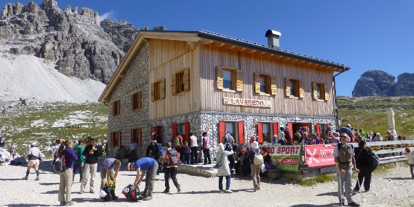 Lavaradohütte (2344 m)