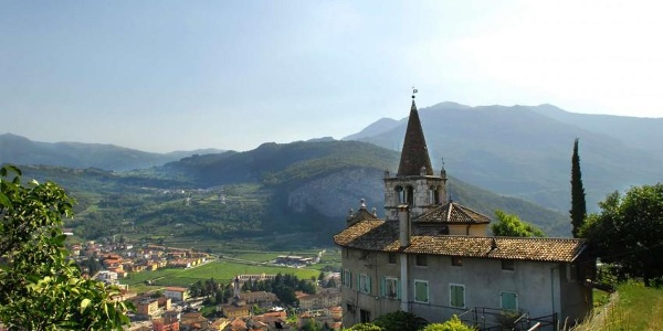 Santuario di Montalbano lungo il Sentiero della Lasta-visitrovereto