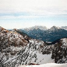 Vorbei am Litnissschrofen,Thaneller und Zugspitze.