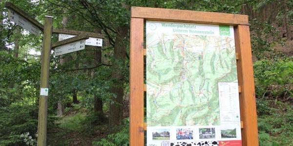 Der Startpunkt Ihrer Tour am Wanderparkplatz Unterm Nonnenstein