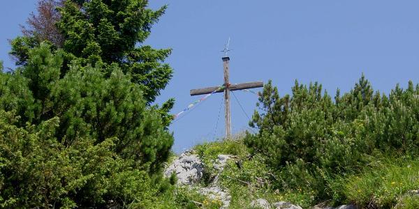 Auf den letzten Metern zum Gipfel des Spitzsteins