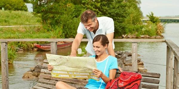 Rastmöglichkeit auf schwimmender Plattform in Donau bei Klein-Pöchlarn