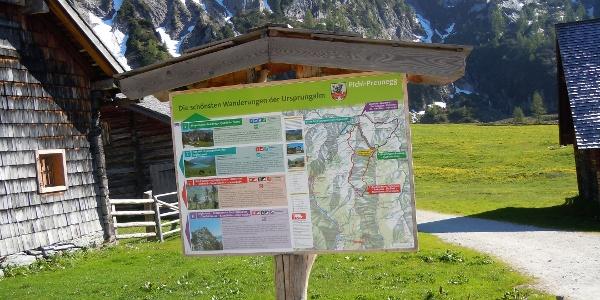 Hiking Trail head Ursprungalm, Preuneggtal valley