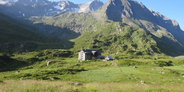 Start bei der Franz Senn Hütte.