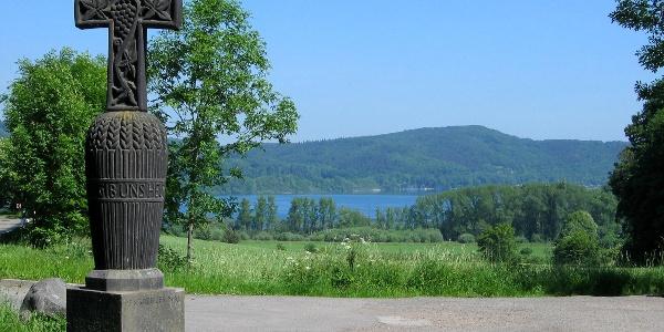 Das Erntekreuz am Laacher See