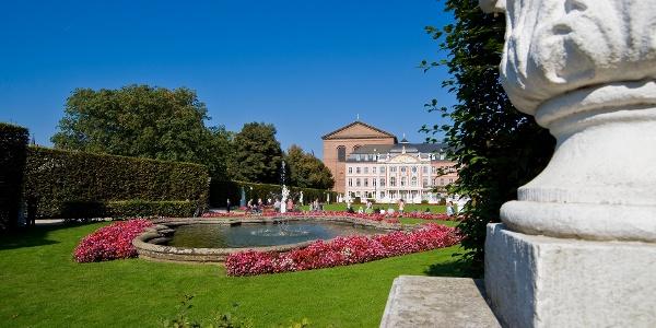 Palastgarten und Kurfürstliches Palais