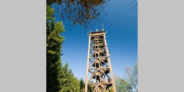 Der Raiffeisenturm auf dem Beuleskopf