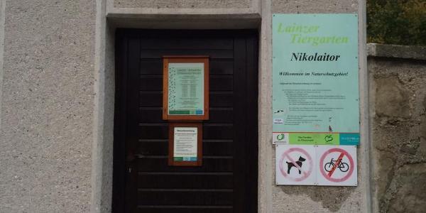 Nikolaitor - Start des Laufes gegen den Urhzeigersinn