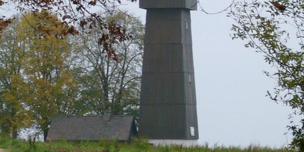 Aussichtsturm Juxkopf mit Wanderheim